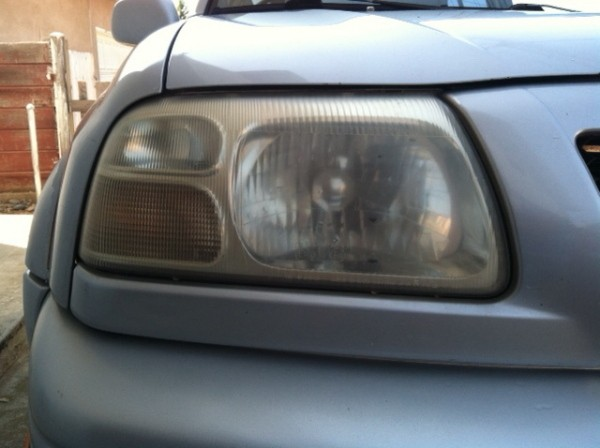 Dirty Car Headlights Are No Match For This Clever Cleaning ...