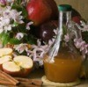 Apple Cider Vinegar With Apples and Cinnamon