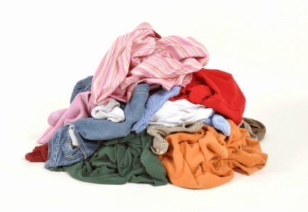 how to get cooking oil out of clothes