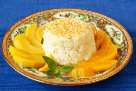 Sticky Rice With Mango Dessert