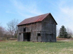 Photo of an old barn.
