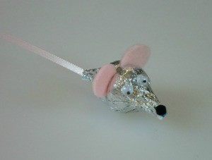 A mouse made from two Hershey's Kisses.