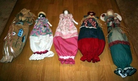 Several finished dolls.