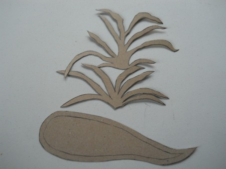 Cardboard carrot top and root templates.