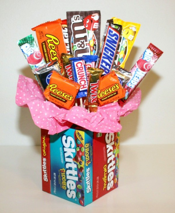 Making a Candy Bouquet With Candy Vase
