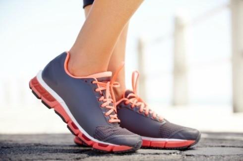 best beginning running shoe for teens
