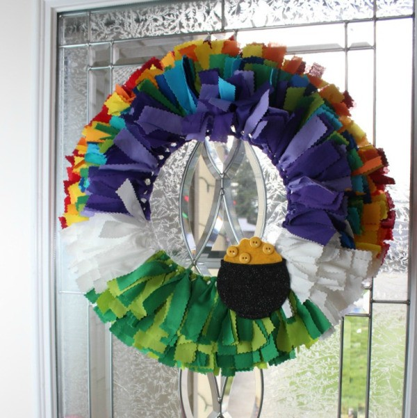 St Patrick S Day Wreath Ideas Thriftyfun