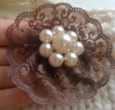 finished pearl brooch