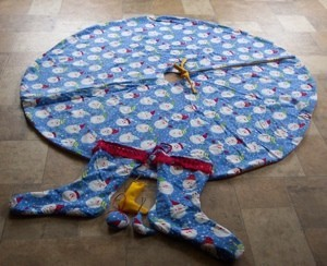 tree skirt with matching stockings
