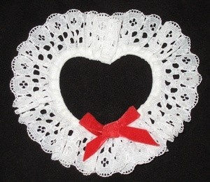 Lacy Valentine Napkin Rings