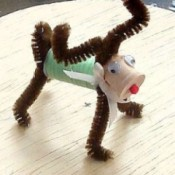 finished spool and pipe cleaner reindeer