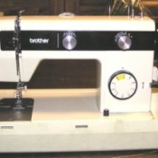 Older Brother Sewing Machine Model 730
