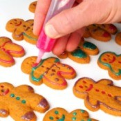 decorating gingerbread cookies