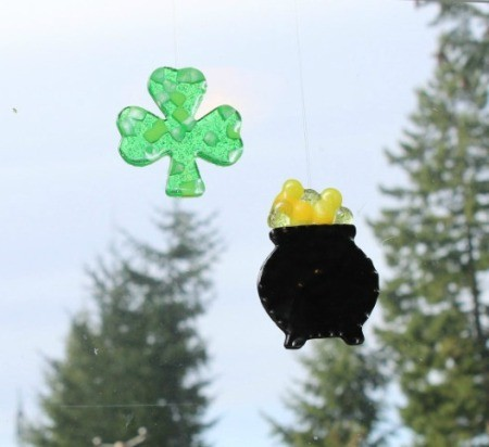 st patricks day suncatchers