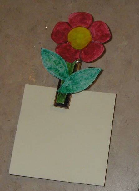 Spring Flower Photo or Note Magnet - Finished flower magent.