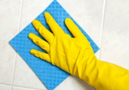 cleaning silicone spray from tiles