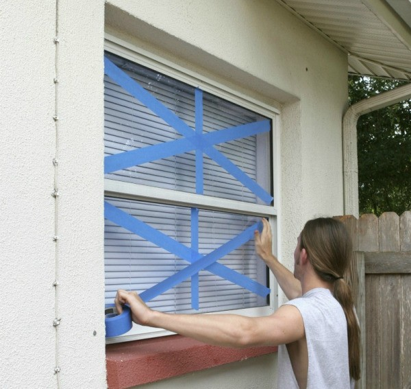 how to clean nicotine off windows