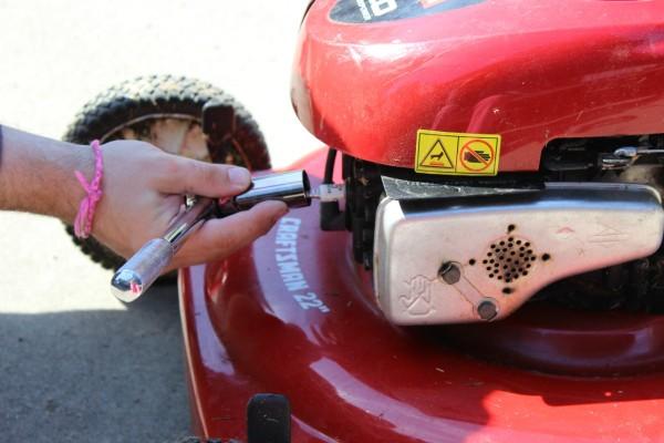 Fixing A Lawn Mower That Won 39 T Start Thriftyfun