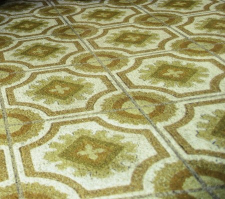 removing rust stains from a linoleum flooring thriftyfun. Black Bedroom Furniture Sets. Home Design Ideas