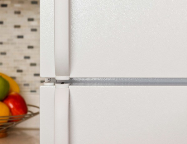 Fixing A Refrigerator Door Handle Thriftyfun