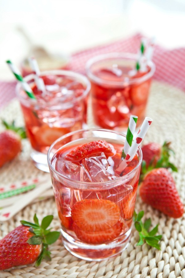 ... fruit juice spritzer. This page contains fruit juice spritzer recipes