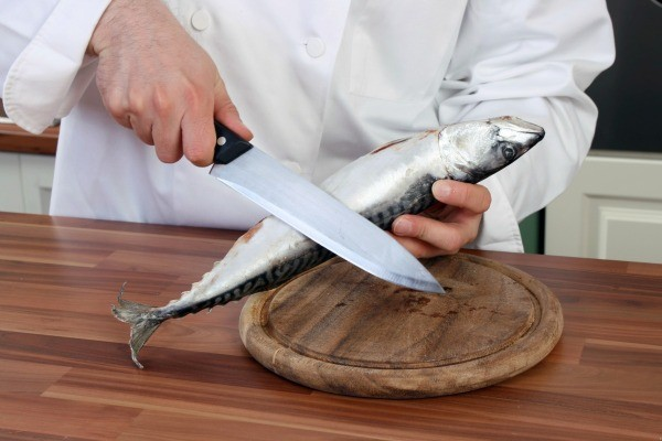Cleaning seafood odors from clothing thriftyfun for How to get fish smell out of clothes