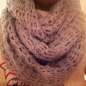 Light colored scarf.