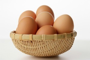 A wicker bowl of eggs.