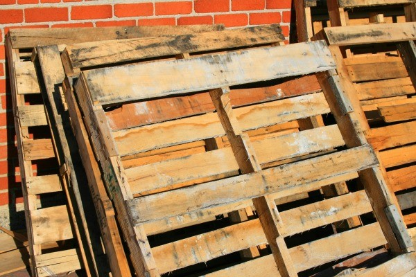 Reusing wood pallets thriftyfun for Uses for used pallets