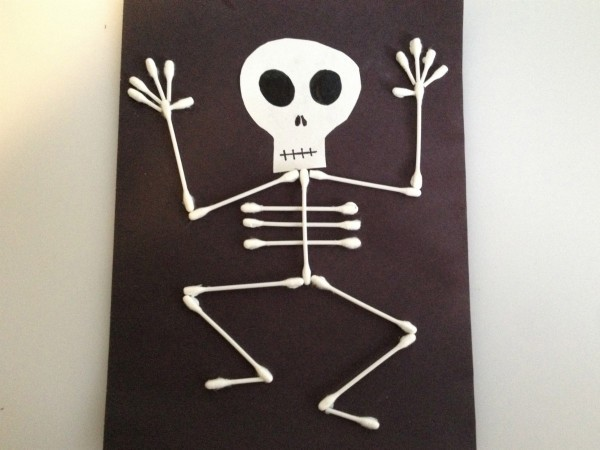 Finished Halloween Q-Tip Skeleton