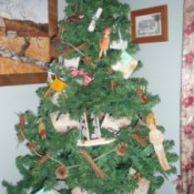 Vintage Memories Christmas Tree