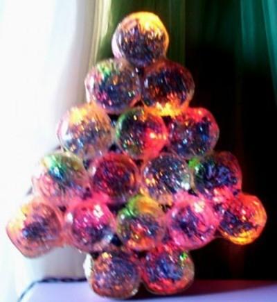 Making A Baby Food Jar Christmas Tree Thriftyfun