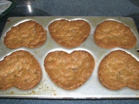 Cookies in Heart Muffin Tin