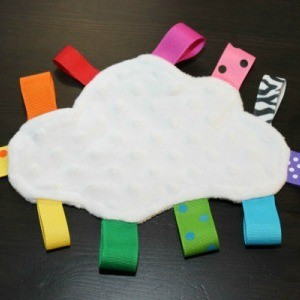 Rainbow Cloud Taggie