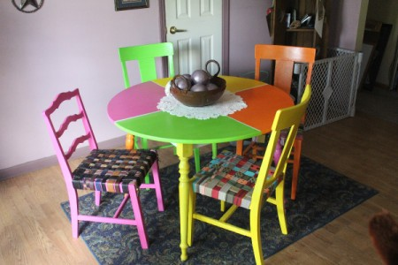 Refurbishing an Old Table and Chairs