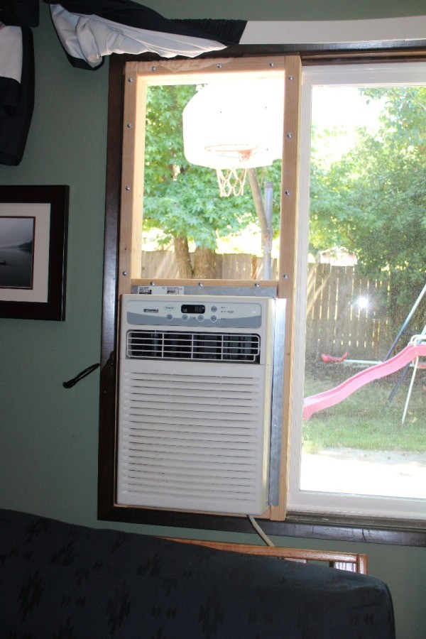 installing a window air conditioner thriftyfun. Black Bedroom Furniture Sets. Home Design Ideas