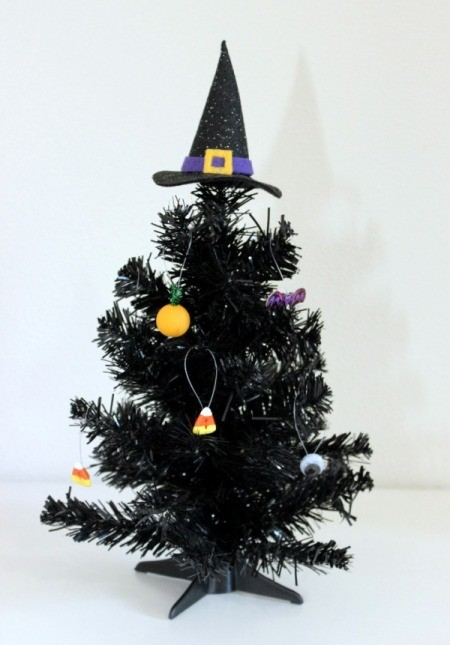 witch hat as tree topper 2