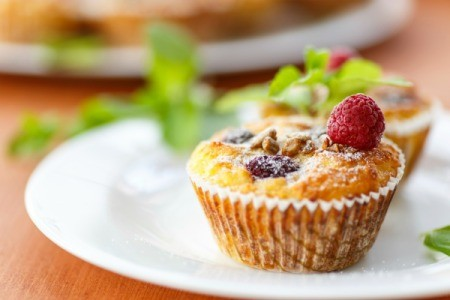 muffins with fruit