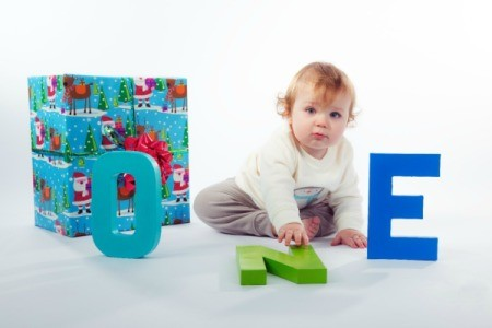 letters as photo prop