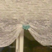 Use Hair Clip for Curtain Decorations