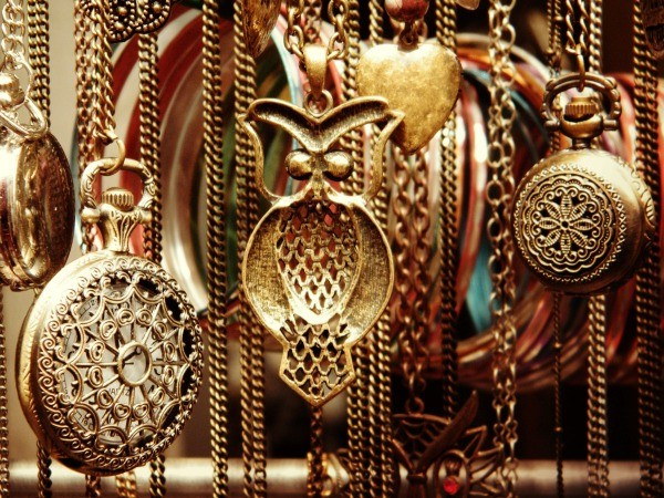 Finding the value for antiques and collectibles thriftyfun for Valuable antiques and collectibles