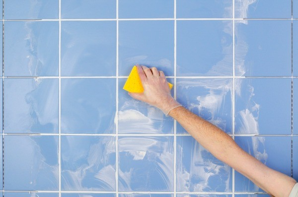Cleaning ceramic tile grout thriftyfun for How to make grout white again
