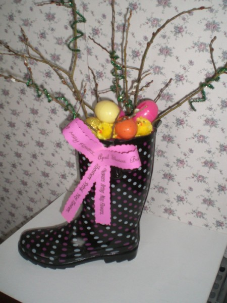 A boot decorated for spring.