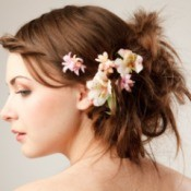 bridal hair do with real flowers