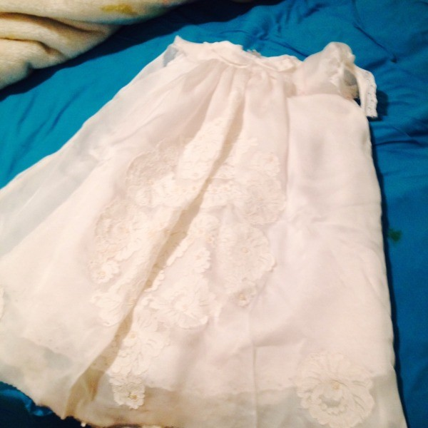 Treating stains on delicate linens thriftyfun for Wedding dress stain removal