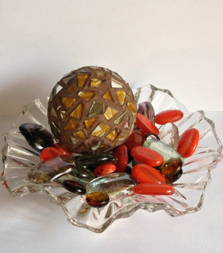 mosaic ball on glass dish with decorative beads