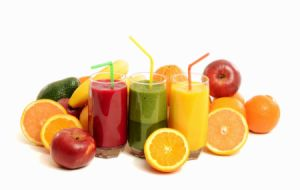 delicious healthy fruit smoothies fruits that contain iron