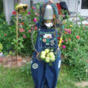 Upcycled Scarecrow