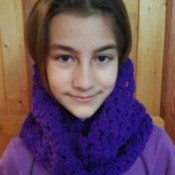Grape Fizz Cluster Stitch Cowl