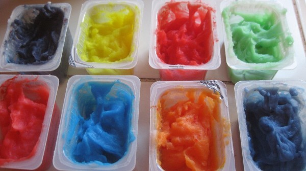 containers of bathtub finger paint